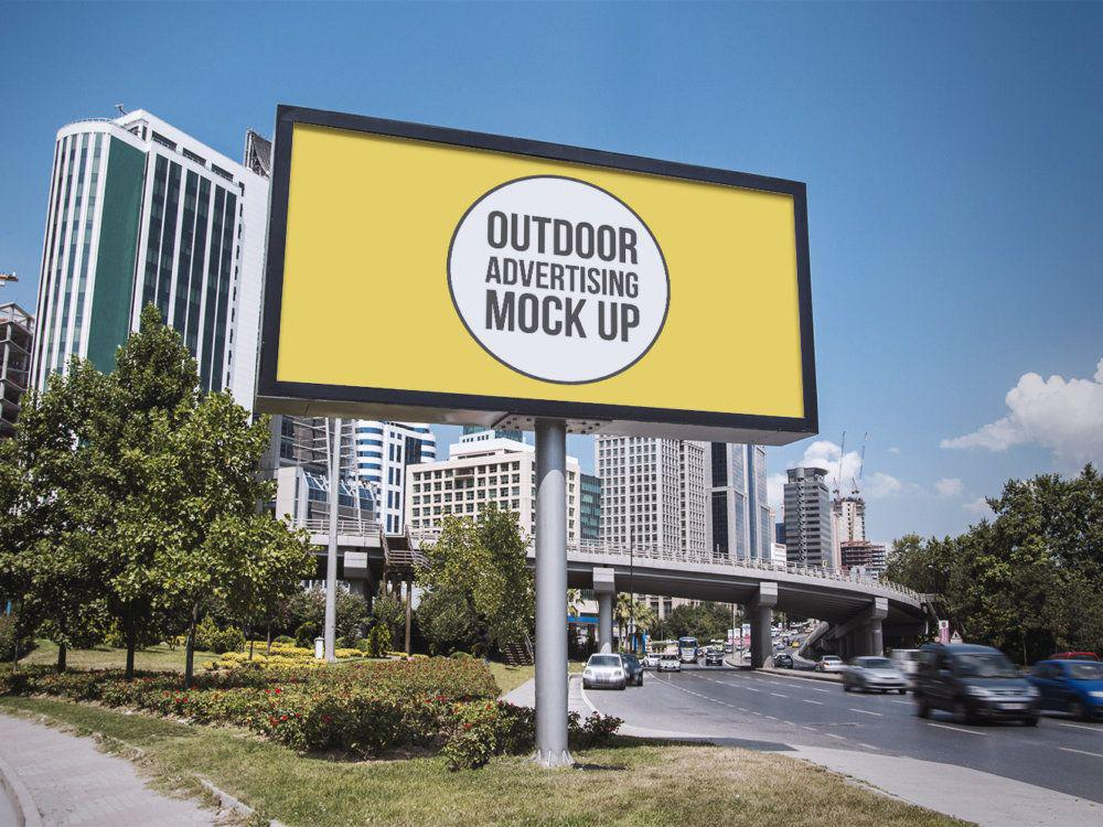 Outdoor-Advertising-Free-Mockup