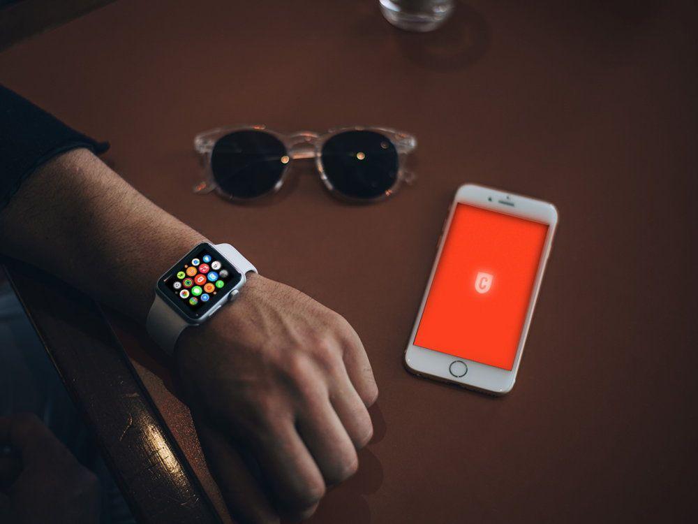 photorealistic-apple-watch-mockups