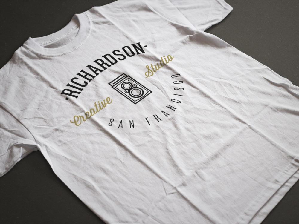 T-shirt PSD Mockup