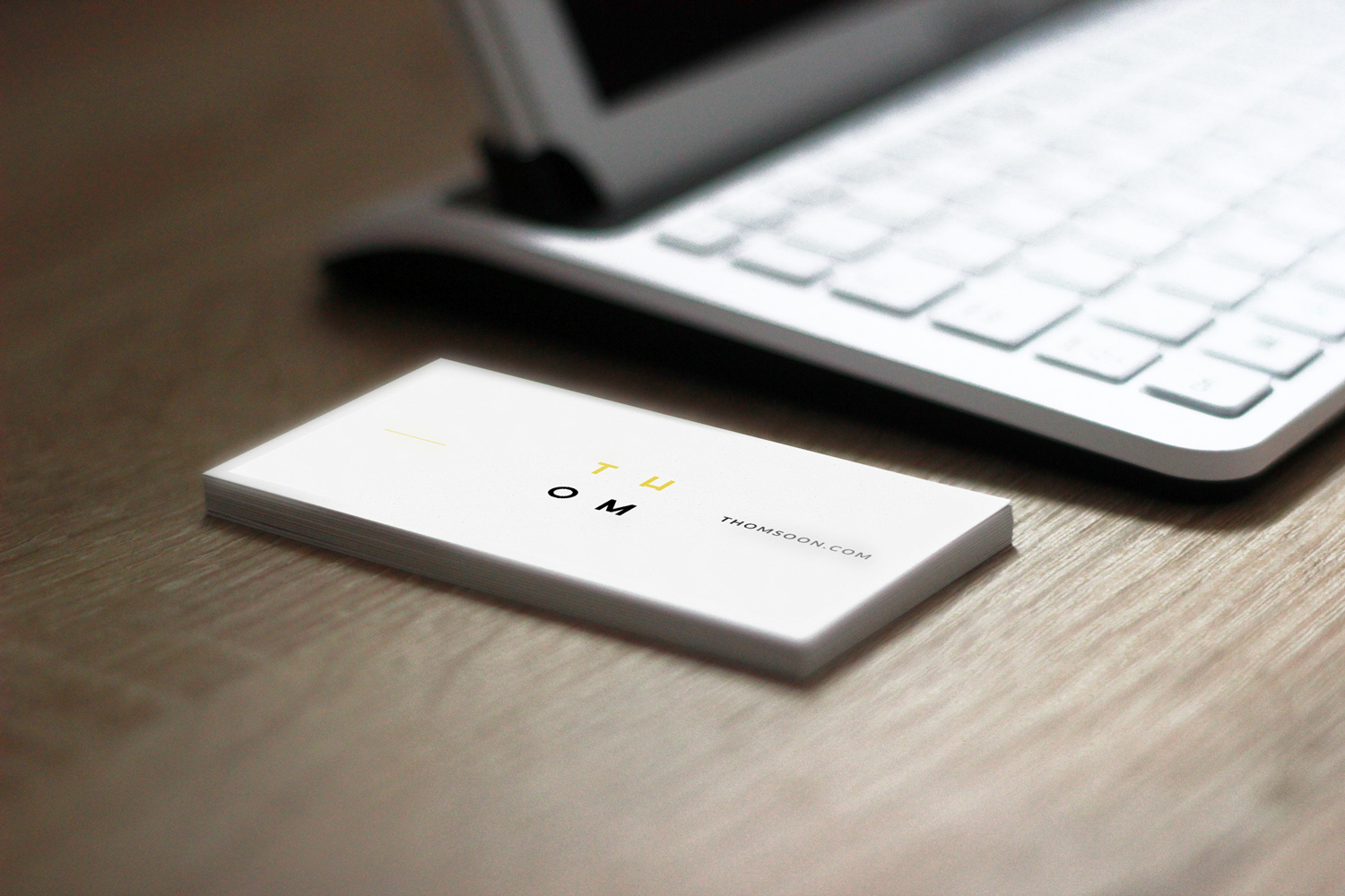 Business-Card-Free-Mockup-PSD-05