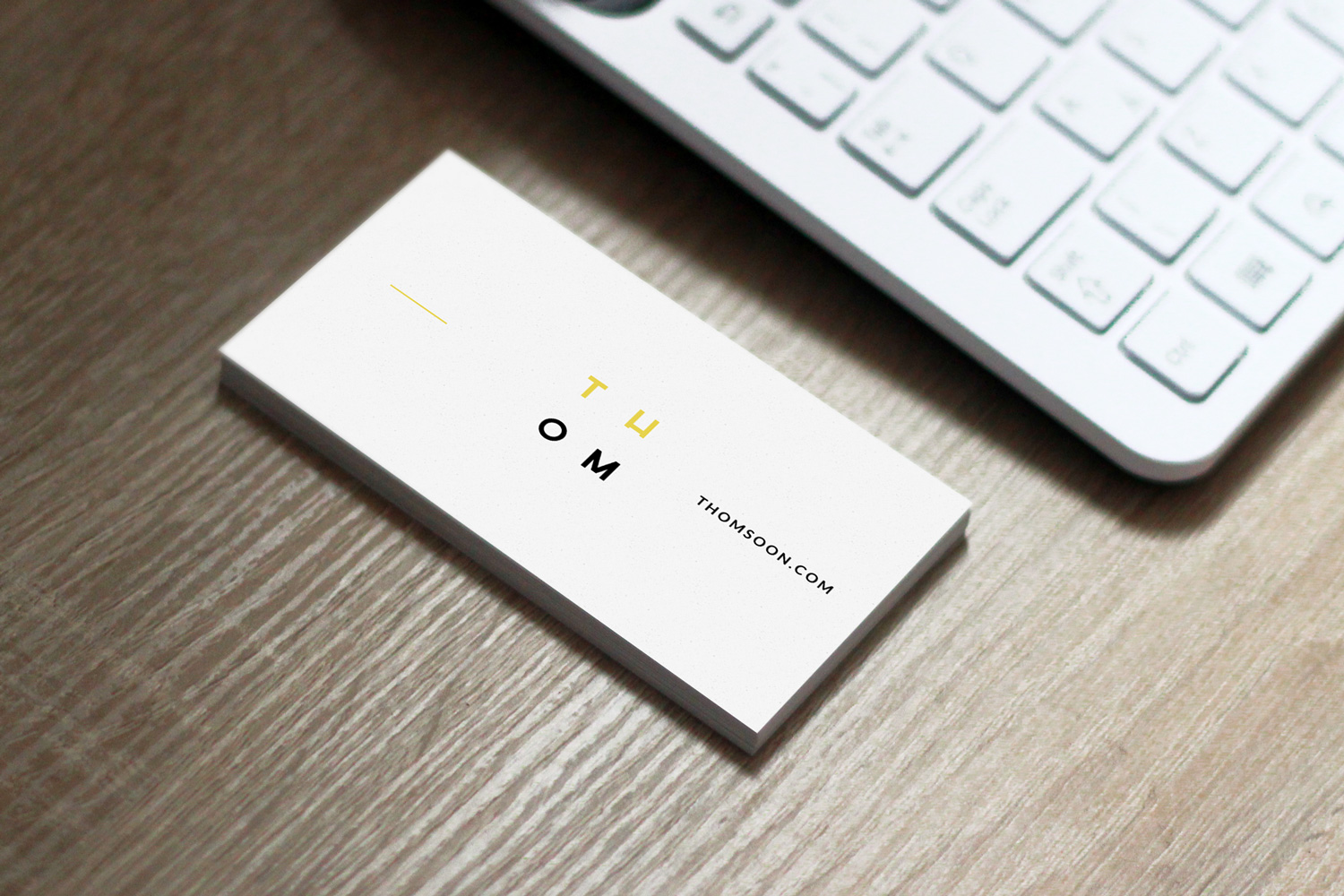 Business-Card-Free-Mockup-PSD-06