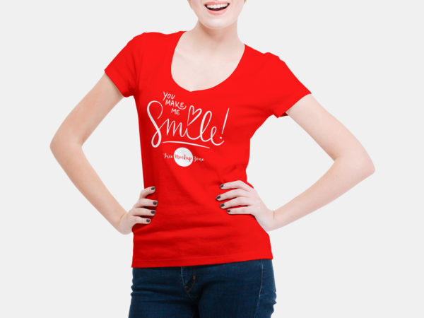 Free Smiling Woman Wearing V-Shape T-Shirt Mockup PSD