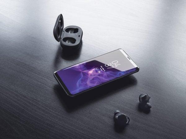 Galaxy S9 Plus Smartphone Mockup