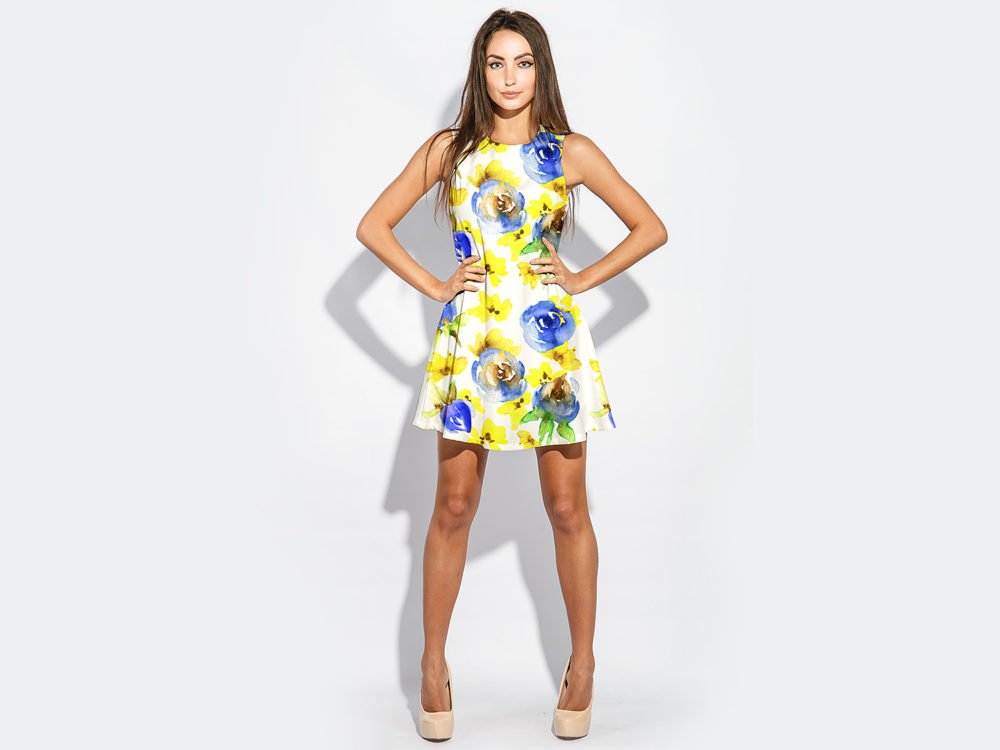 Free Woman Model With Dress Mockup