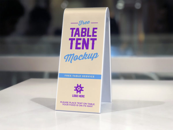 2-Sided Plastic Table Tent Mockup
