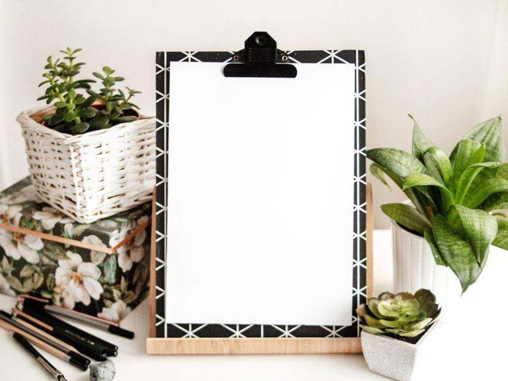 Clipboard Paper Branding Mockup