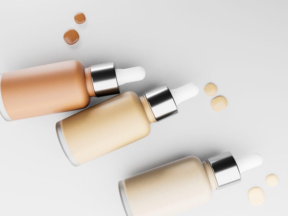 Free Cosmetics Mockup PSD
