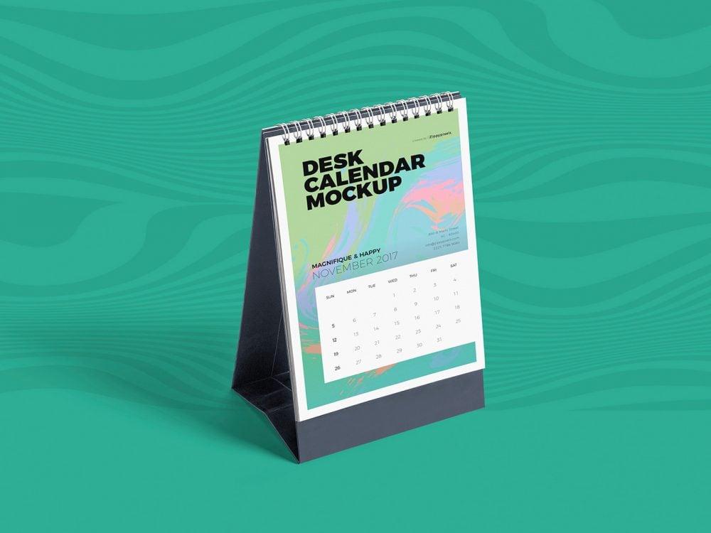 Desk Calendar Free Mockup PSD